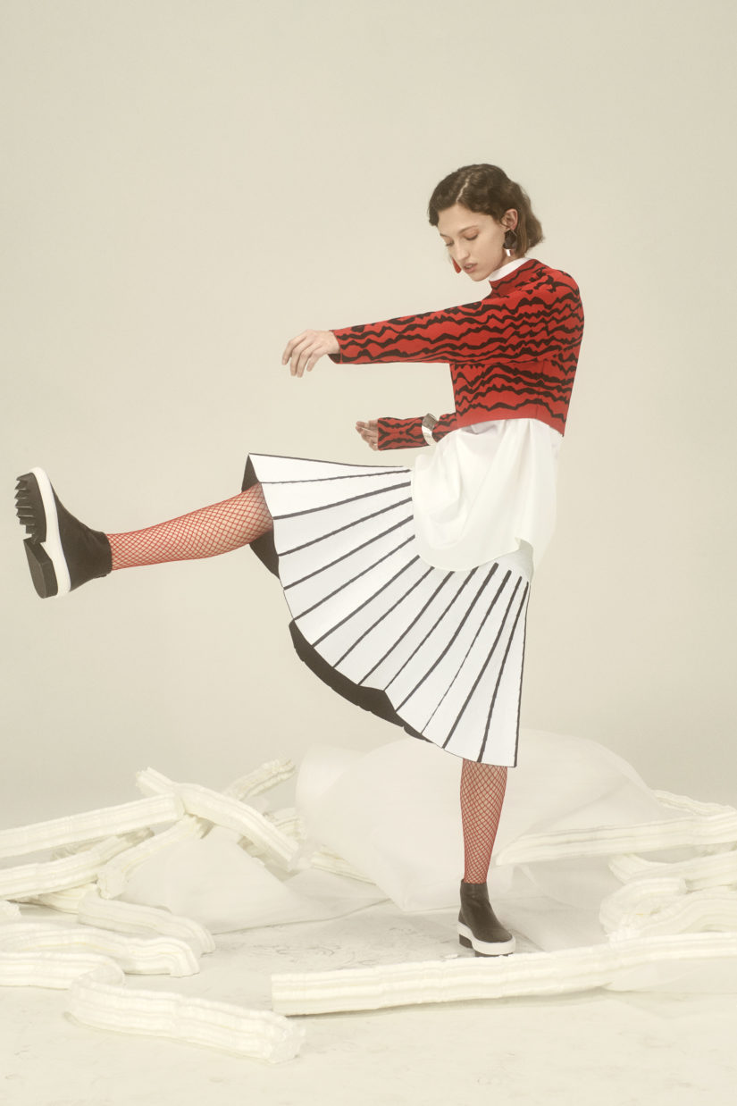 Tubular Pleated Flare Skirt